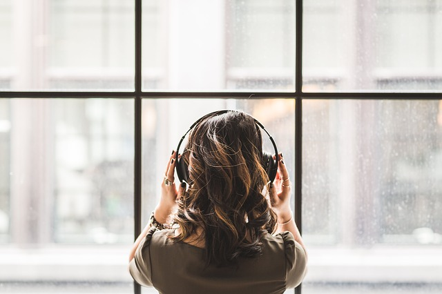 Audio Book Gift For Someone Who Likes to Read A lot