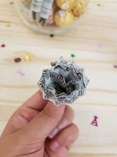 diy cupcake liner bow