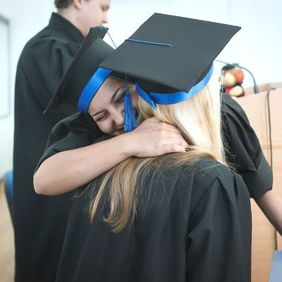 college graduation gifts for girls